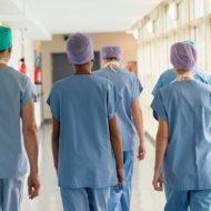 Aposentadoria especial para enfermeiro e técnico em enfermagem; saiba como fica após a reforma da previdência